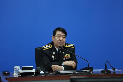 (200113) 통영해경, 제25대 김평한 서장 취임식 가져 (사진2).png